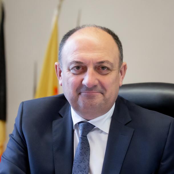 WILLY BORSUS, MINISTRE DE L'ECONOMIE